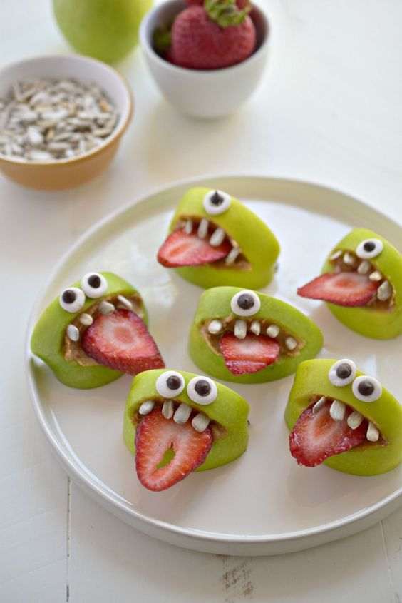 Check these great Halloween food ideas for kids party and let your children enjoy their spooky-tasty meal with our smart food crafts! Easy Halloween treats for a school party - creepy and creative appetizers, snacks and desserts to surprise your guests