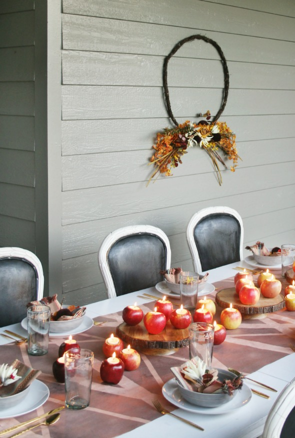 Get some great Fall party ideas for kids and for adults. Thanksgiving or simply fall party ideas for teens – awesome food, outdoor games, and elegant decoration ideas. #fall #falldecor #decor #decoration #homedecor #party #partyideas #partyfood #partydecorations #autumn